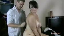 Подгляд за голой мамой видео